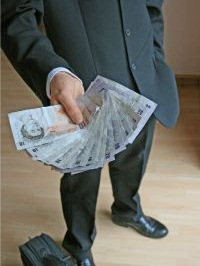 emergency lenders with low monthly payments